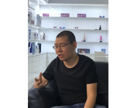 """雷霆暴风CEO专访: 成人行业""""变革者"""" 杨"""