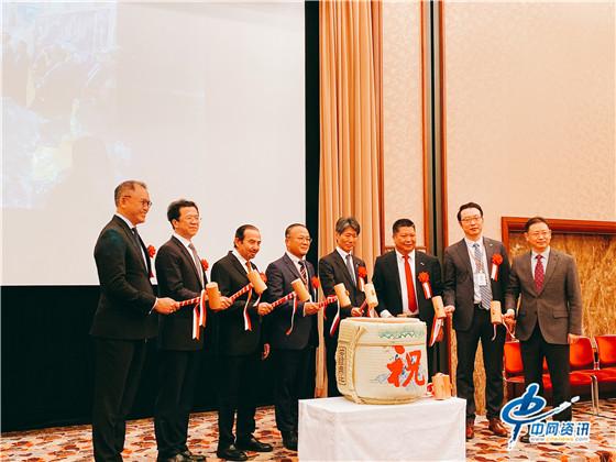中国扬州通利冷藏集装箱有限公司与日本DENBA株式会社在东京签署产业合作协议